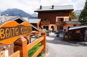 Residence Baita Cusini - AbcAlberghi.com
