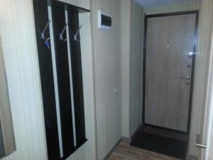 Apartment on 50 Let Oktyabrya 20, Ferienwohnungen  Ufa - big - 8