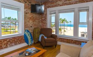 Oceanfront Studio Suite