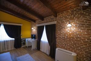 Casa Gaçe Hotel, Hotel  Korçë - big - 84