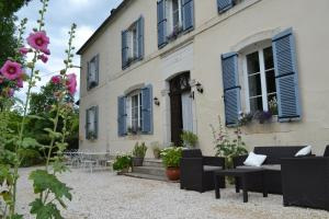 Le Manoir - Accommodation - Souillac
