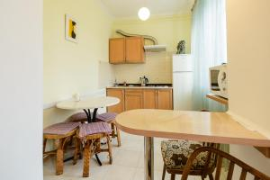 Kiev Accommodation Apartment on Trokhsviatytelska st., Appartamenti  Kiev - big - 10