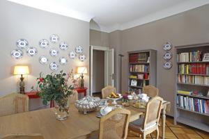 B&B Bonaparte Suites - AbcAlberghi.com
