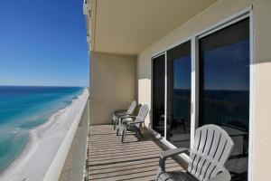 One-Bedroom Apartment with Sea View - 2003