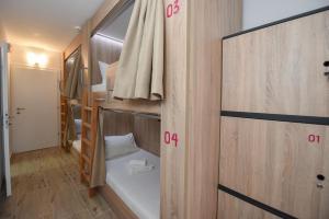 Hostel Zrće, Hostels  Novalja - big - 22