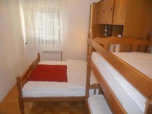 Apartment in Senj 17148, Appartamenti  Senj - big - 4
