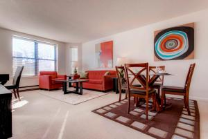Bluebird Suites at Garrison Square, Apartments  Boston - big - 15