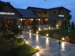 Casa Gaçe Hotel, Hotel  Korçë - big - 129