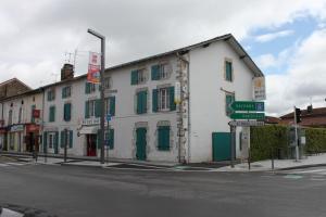 O Petit Hotel