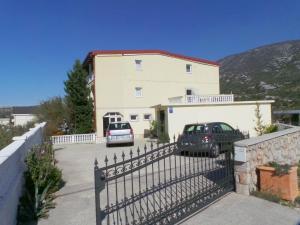 Apartment Cesarica 1