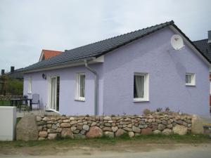 Two-Bedroom Holiday home in Dranske I, Дома для отпуска  Lancken - big - 1