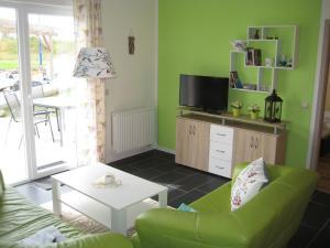 Two-Bedroom Holiday home in Dranske I, Holiday homes  Lancken - big - 8