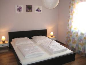 Two-Bedroom Holiday home in Dranske I, Holiday homes  Lancken - big - 3