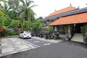 RedDoorz near Taman Ayun Mengwi, Гостевые дома  Mengwi - big - 17
