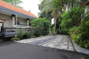 RedDoorz near Taman Ayun Mengwi, Гостевые дома  Mengwi - big - 18