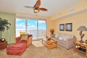 One-Bedroom Apartment with Sea View 2302