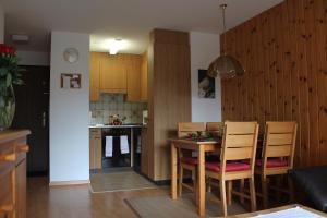 Appartements Monte Rosa, Apartmány  Täsch - big - 10