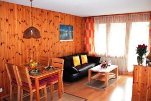 Appartements Monte Rosa, Apartmány  Täsch - big - 11