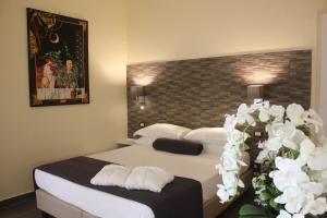 Boutique Hotel Piazza Carita' - AbcAlberghi.com