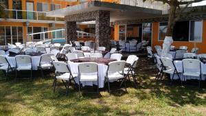 Hotel y Balneario Playa San Pablo, Отели  Monte Gordo - big - 159