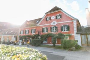 Landgasthof Riegerbauer, Hotely  Sankt Johann bei Herberstein - big - 1