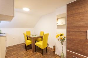 Vila Aleksandra, Apartments  Zlatibor - big - 33
