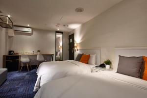 Via Hotel, Hotel  Taipei - big - 40