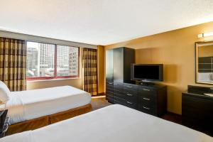 One-Bedroom Double Suite with City View