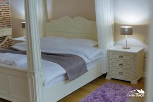 Casa Gaçe Hotel, Hotel  Korçë - big - 41