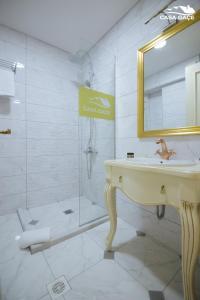 Casa Gaçe Hotel, Hotel  Korçë - big - 100