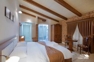Casa Gaçe Hotel, Hotel  Korçë - big - 28