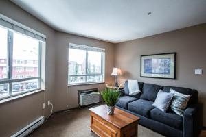 Town Plaza - One-Bedroom Apartment - 4314 Main Street - Unit 307