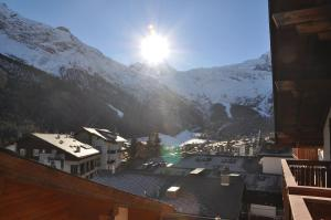 Apartmenthaus Holiday, Apartments  Saas-Fee - big - 31