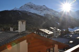 Apartmenthaus Holiday, Apartmány  Saas-Fee - big - 29