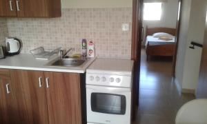 Savva Complex, Апартаменты  Периволия - big - 3