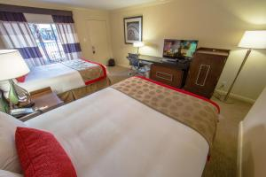Ramada by Wyndham Houston Intercontinental Airport East, Hotel  Humble - big - 22