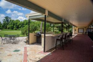 Ramada by Wyndham Houston Intercontinental Airport East, Hotel  Humble - big - 30