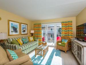 Beach Club 233 Apartment, Apartmanok  Saint Simons Island - big - 1