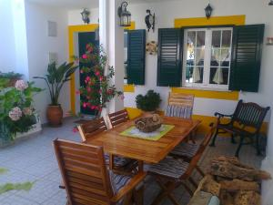 Casa das Flores, Dovolenkové domy  Vila Nova de Milfontes - big - 16