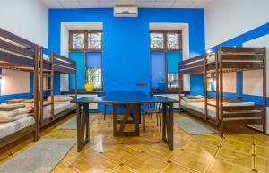 Hostel Berloga, Ostelli  Odessa - big - 3