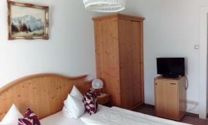 Hotel Pension Lindenhof, Vendégházak  Prien am Chiemsee - big - 26