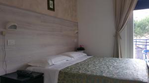 Hotel Canasta, Szállodák  Riccione - big - 6