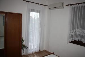 Apartmani Jarnečić, Appartamenti  Starigrad-Paklenica - big - 26