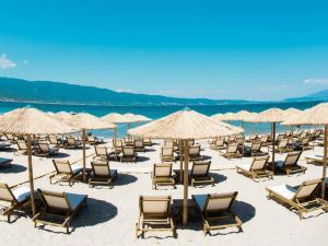 Stefanidis Apartments & Beach