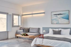 Alti Santorini Suites, Villas  Megalokhori - big - 59