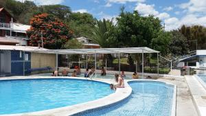 Hosteria San Vicente, Хостелы  Guaillabamba - big - 26