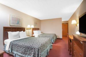 Days Inn by Wyndham Liberty, Hotel  Ferndale - big - 8