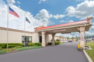 Days Inn by Wyndham Liberty, Hotel  Ferndale - big - 13