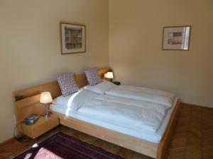 Stadtnest B&B Wien, Bed and breakfasts  Vienna - big - 30