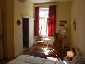 Stadtnest B&B Wien, Bed and breakfasts  Vienna - big - 32